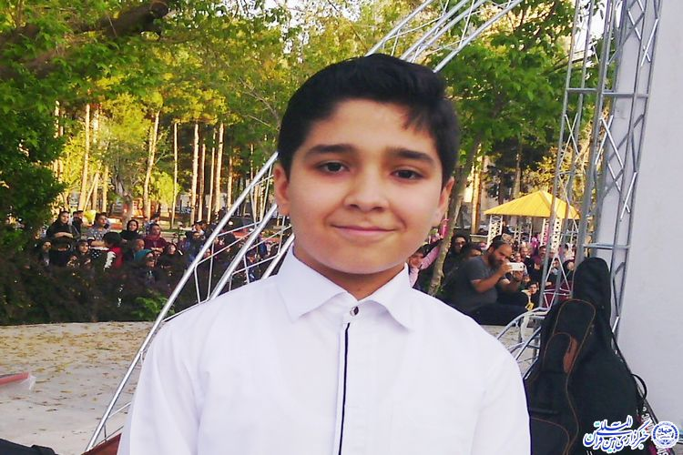 از قرائت قرآن تا خوانندگی نوجوان 12 ساله سبزواری