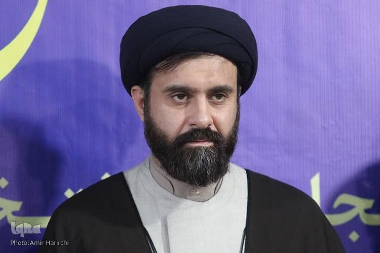 آستان قدس رضوی ۵۰۰۰ حافظ قرآن کریم تربیت میکند